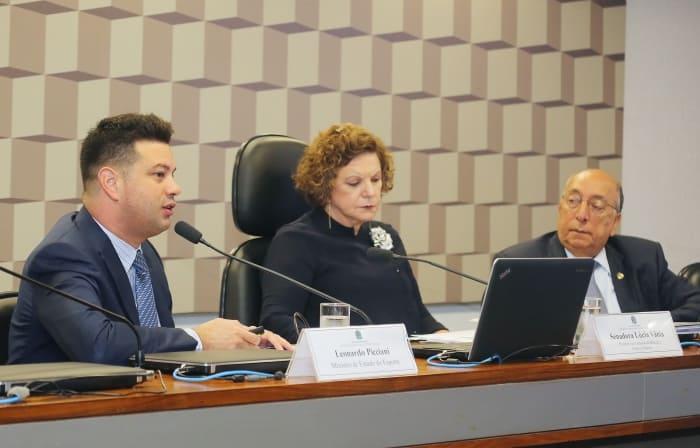 Ministro Leonardo Picciani fala sobre legado da Rio 2016 a senadores de comissão do Senado Federal. Foto: Francisco Medeiros
