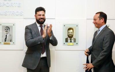 Ex-ministros do Esporte são homenageados