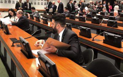 Câmara aprova projeto do deputado Leonardo que regulamenta profissão de psicomotricista